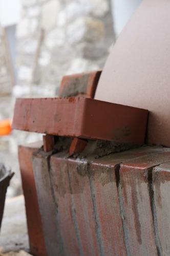 クーポラのような・・・~アントネッロの「自分で作る石窯」_f0106597_0594133.jpg