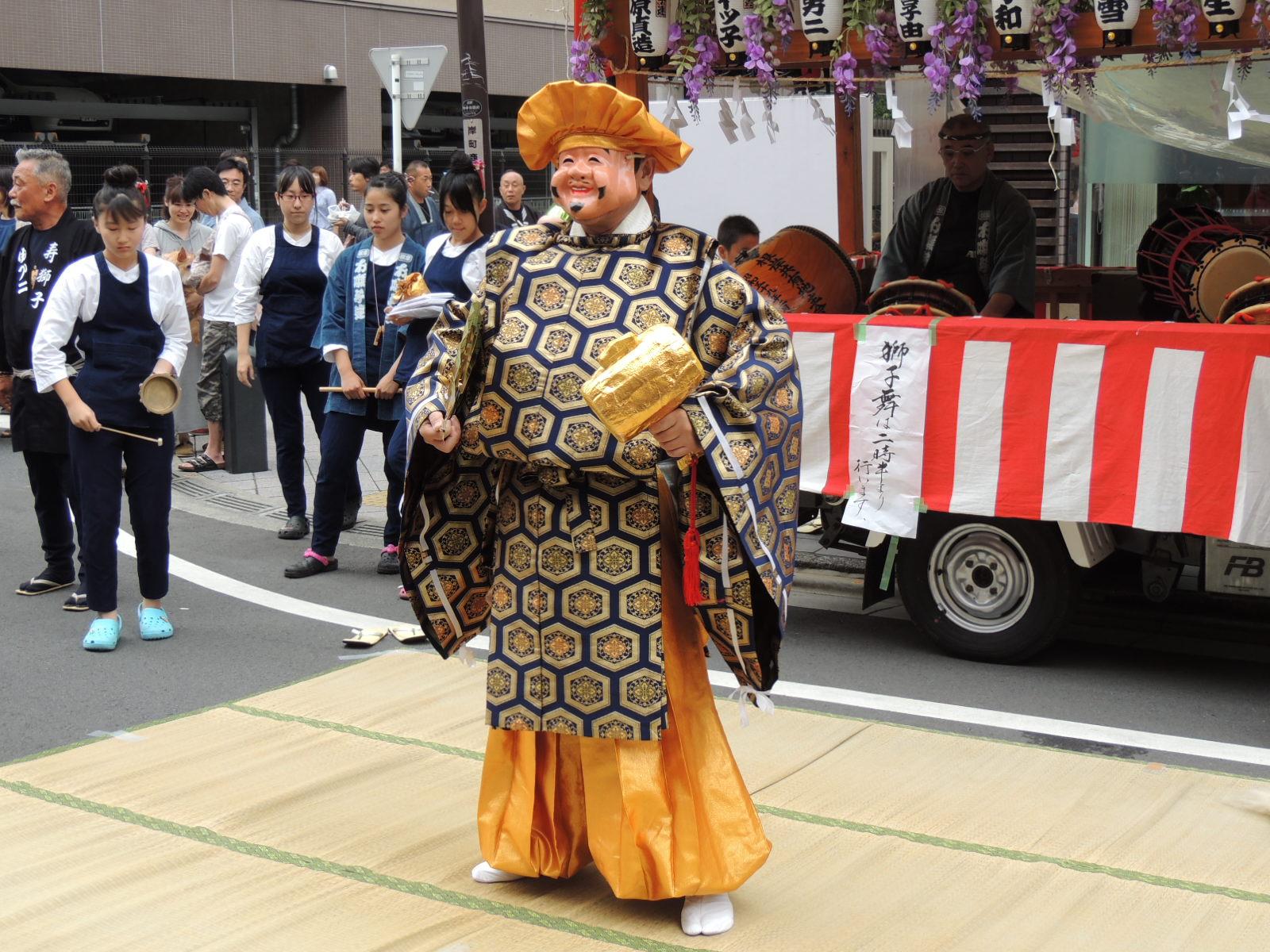浦和祭り  カラスウリ_e0094102_8235685.jpg