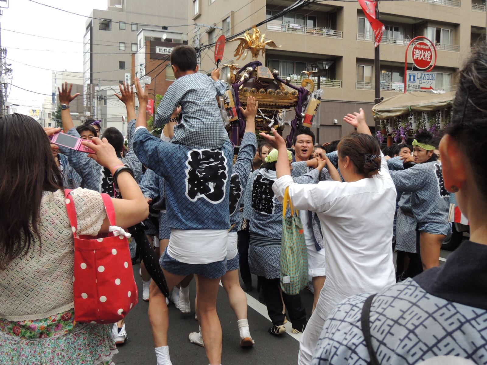 浦和祭り  カラスウリ_e0094102_8242819.jpg