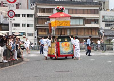 祇園祭り 花笠巡行_e0048413_21144312.jpg