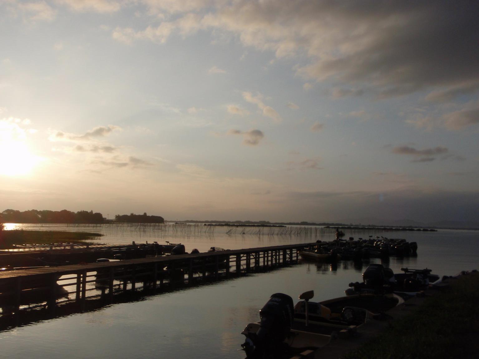 第7回琵琶湖でバスフィッシングを楽しもう会 から (1)_a0153216_22572137.jpg