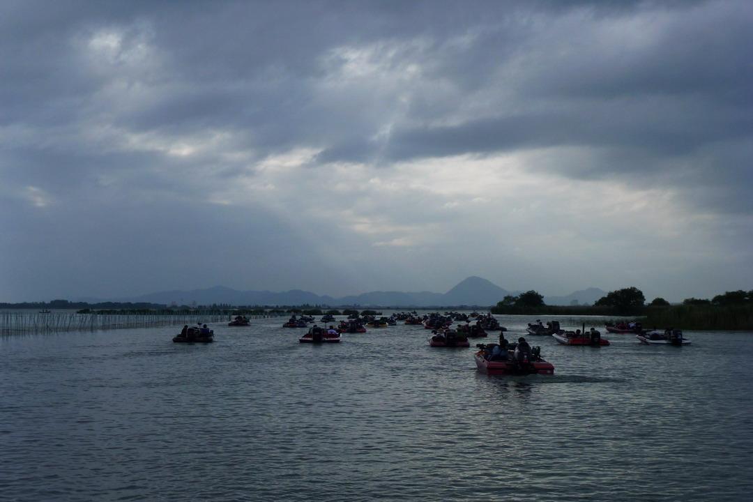 第7回琵琶湖でバスフィッシングを楽しもう会 から (1)_a0153216_22583293.jpg