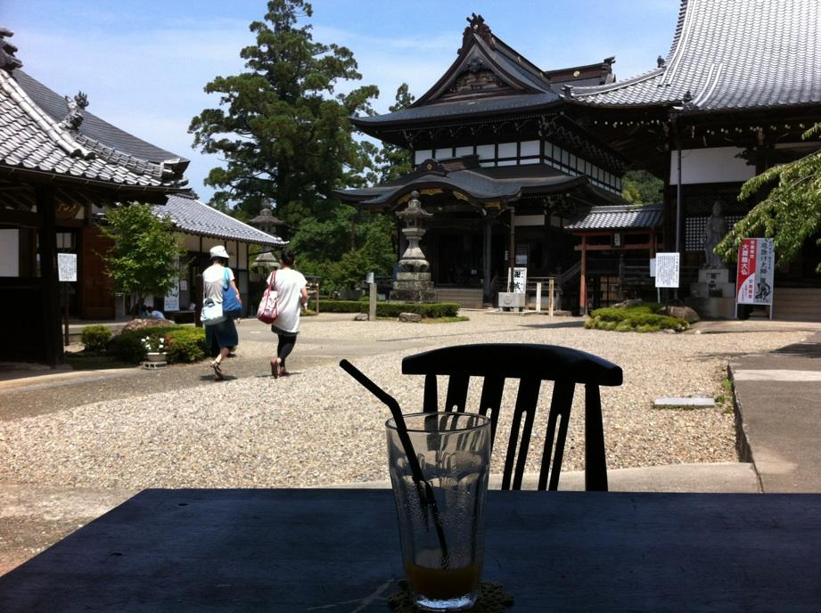善光寺茶屋がはじまりました。_a0026530_18454172.jpg