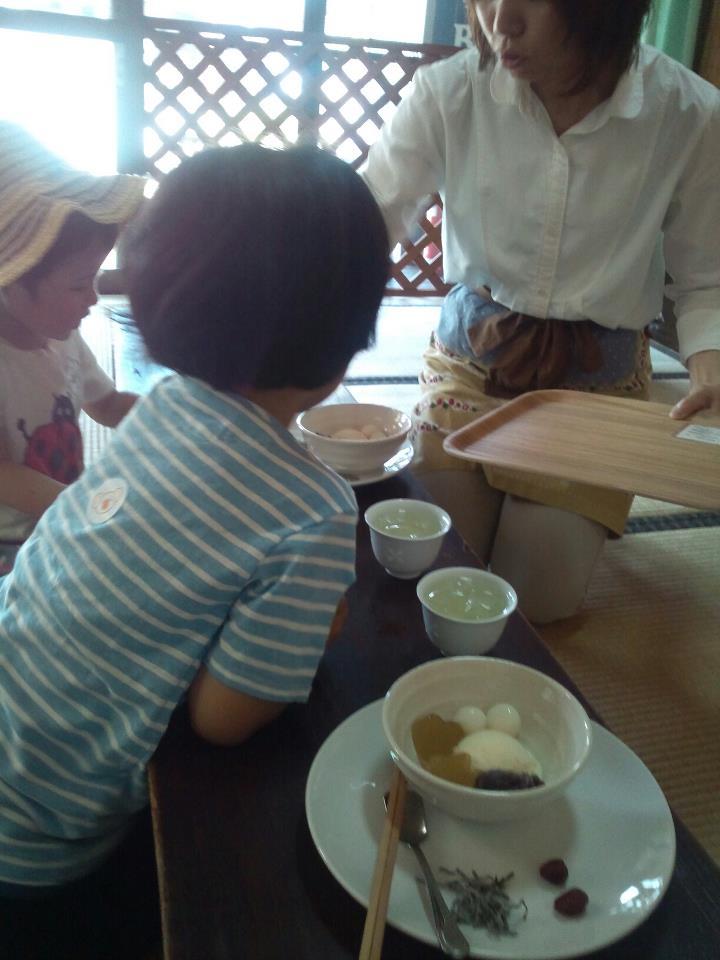 善光寺茶屋がはじまりました。_a0026530_1922030.jpg