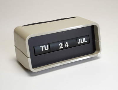 手動式日めくりカレンダーを改造・改良_d0130640_15103345.jpg