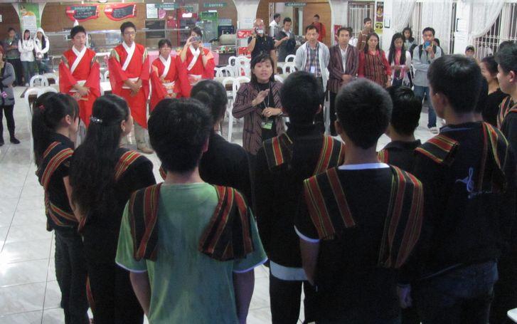アボンで日系人の歴史、BSUで伝統芸能交流-土佐ひかりグループ_a0109542_12284575.jpg