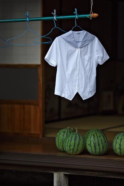 夏服とスイカ_d0272207_8434241.jpg