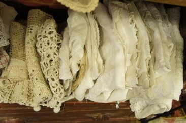French Antique Lace 2_f0144612_14174393.jpg