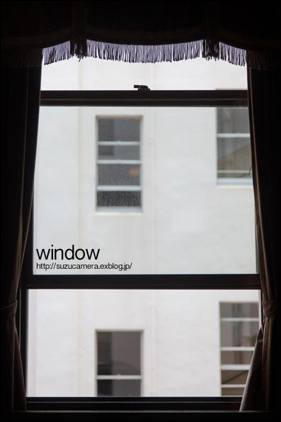 キングの窓_f0100215_0385548.jpg