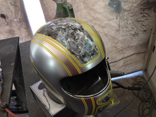ヘルメットペイント サイケな感じ!_a0164918_21312162.jpg