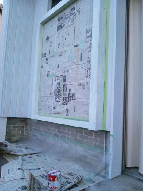 窓枠ペイントと雑貨納品_c0246783_22112371.jpg