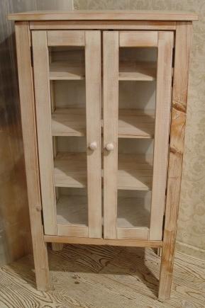 ペンキの剥げた白いガラスキャビネットと木の棚 入荷!!_a0096367_2194292.jpg