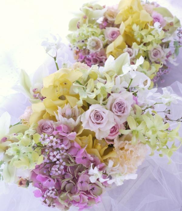 遠方からいらしたご両親への贈呈花 生花のアレンジメントで_a0042928_18194853.jpg