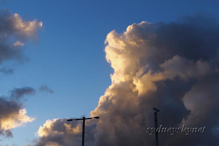 竜の雲 DRAGON CLOUD_f0084337_20534265.jpg
