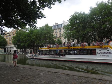 une balade pres du canal canal saint martin_a0262845_12435086.jpg