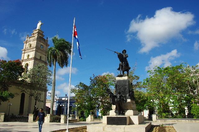 キューバ (55) サンティアゴ・デ・クーバに到着_c0011649_6412231.jpg