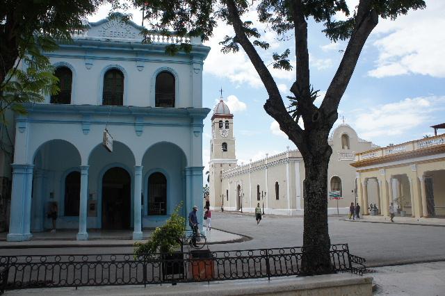キューバ (55) サンティアゴ・デ・クーバに到着_c0011649_643244.jpg