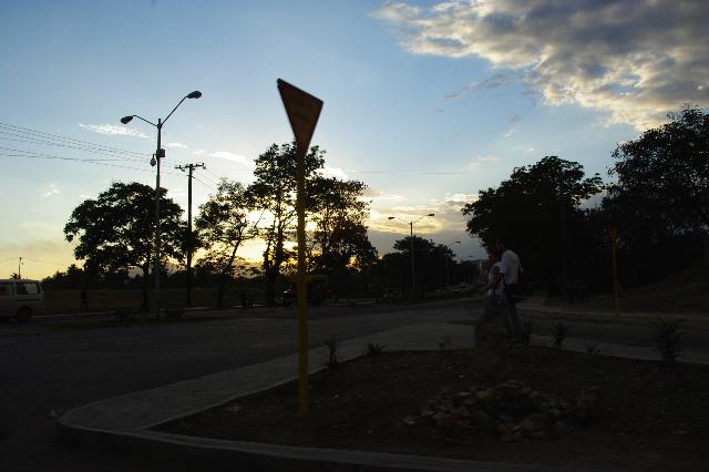 キューバ (55) サンティアゴ・デ・クーバに到着_c0011649_6551335.jpg