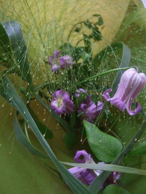 オークリ-フ(クレマチスの花束)_f0049672_179479.jpg