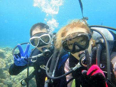沖縄の海は魚がいっぱい!!_a0156273_17224690.jpg