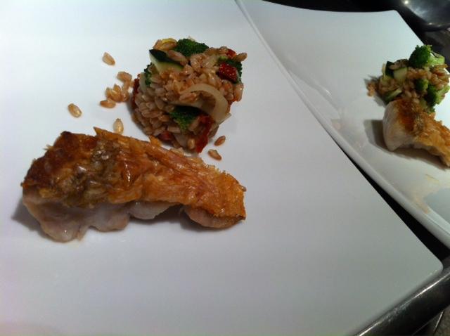7月30日(月)のランチメニュー&魚料理。_d0243849_23362393.jpg