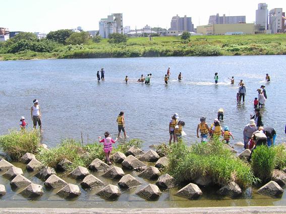 夏休み前半の川遊びは、7月28日(土)、8月1日(水)、8月4日(土)_c0120851_975323.jpg