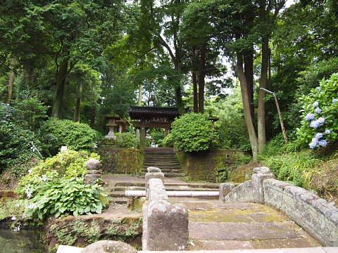 ◆鎌倉スナップ・その3 浄智寺①_b0008655_1018283.jpg