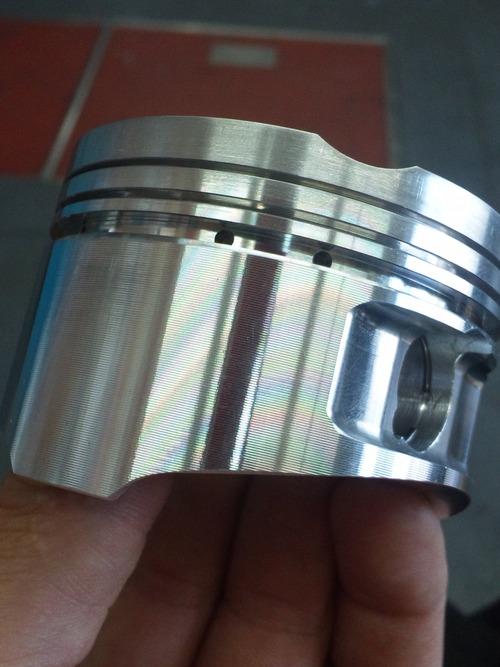 GPZ900R エンジンオーバーホルですなっ。その5_a0163159_16373777.jpg