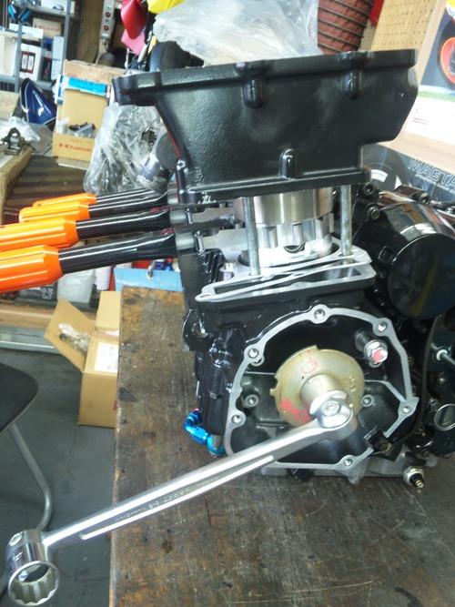 GPZ900R エンジンオーバーホルですなっ。その5_a0163159_1639364.jpg