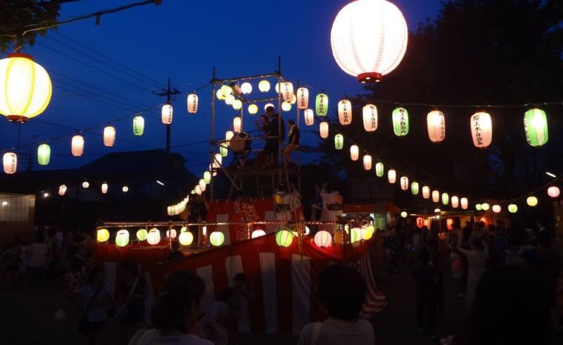 納涼祭に盆踊り_f0059673_22252558.jpg