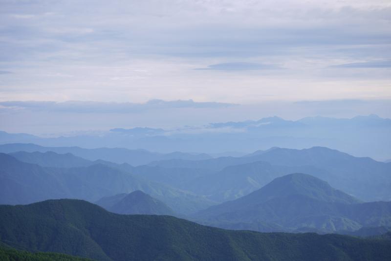 山本小屋ふる里館 ~早朝絶景ツアーと朝ごはん~_a0127090_2043823.jpg