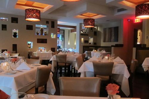 日本人に、刺身について説教するイタリアン・レストラン_d0240098_11201444.jpg