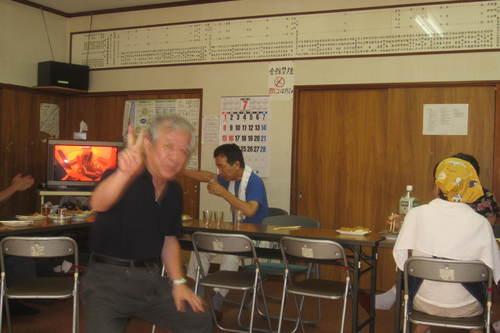 町会納涼盆踊り大会かたずけ、反省会_e0149405_12141831.jpg