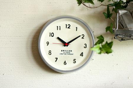 clock_c0118809_23284464.jpg