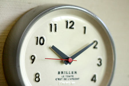 clock_c0118809_23285615.jpg