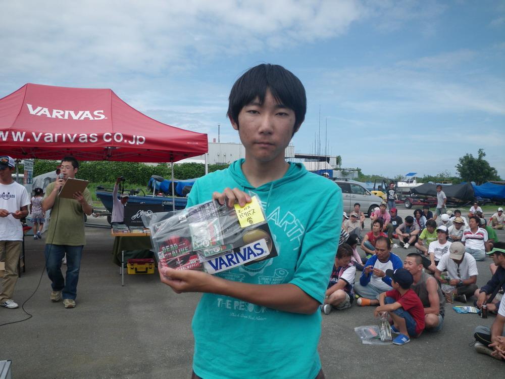 第7回琵琶湖でバスフィッシングを楽しもう会 から (5)_a0153216_1764369.jpg
