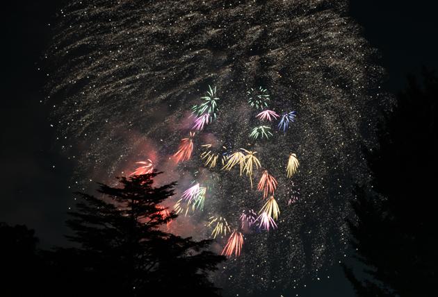 花火写真~心のシャッターよりカメラのシャッターを_e0171573_1584852.jpg