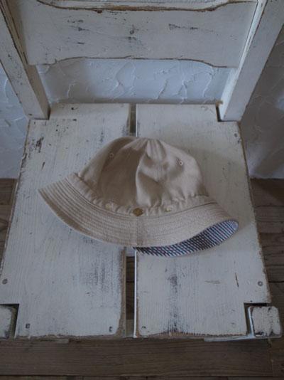 DECHOの帽子_a0113127_1864725.jpg