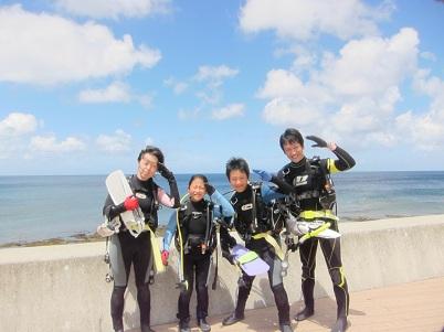 家族でビーチダイビング!!_a0156273_14125449.jpg