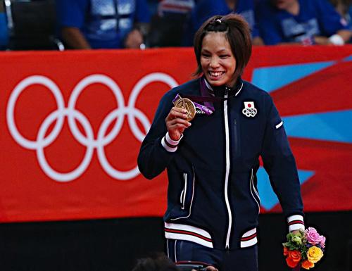 ◆金メダル第1号 野生児・松本薫選手の言動がユニーク杉る件(笑)_b0008655_10564879.jpg