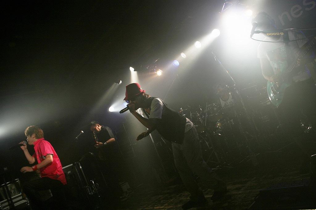 FLOW 10周年突入を祝う炎の5DAYS『突入 THE MAX!!!』完遂!_e0197970_17433114.jpg