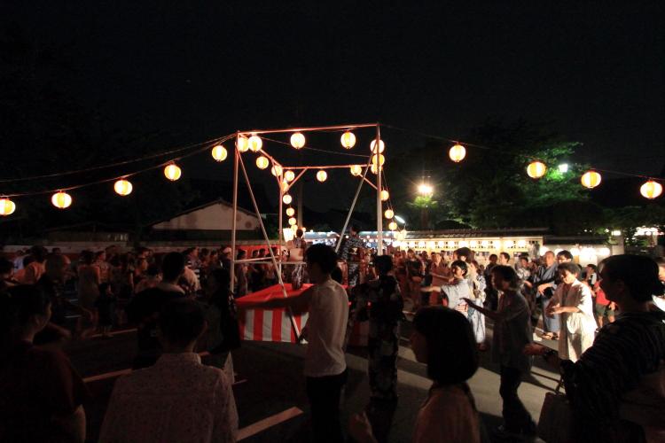 上七軒盆踊り_e0051888_1234699.jpg