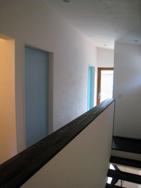 扉の色をかえてみる:アイデアボックス第10回_a0117794_14131456.jpg