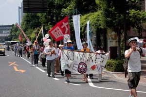 「岡山デモ~放射能汚染のない日々を希望する行進~」に参加しました。_d0155415_1364323.jpg