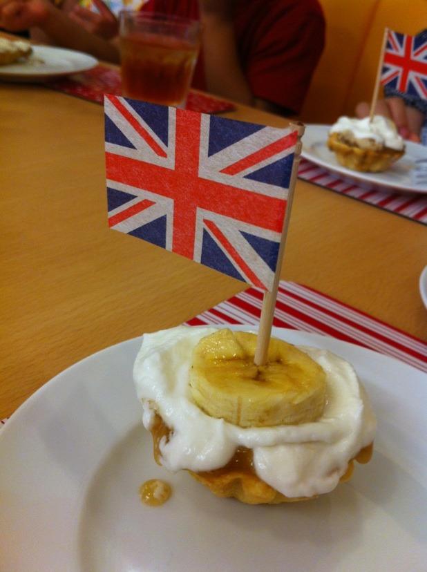 キッズクッキング「ロンドン五輪記念! バノフィーパイ」_f0141419_53535.jpg