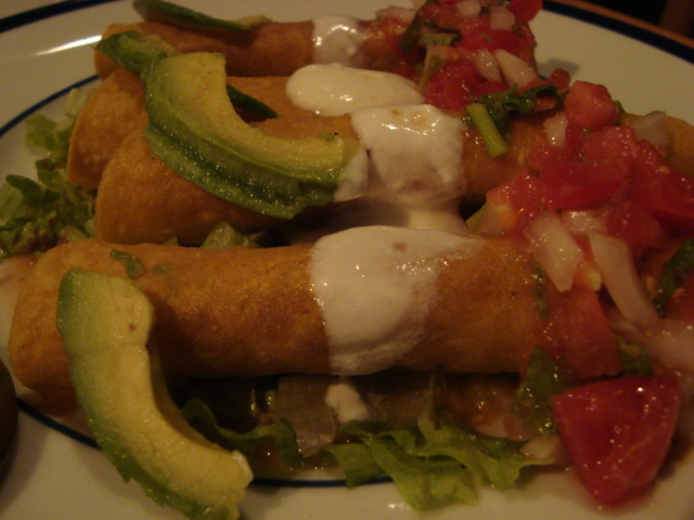 下北沢「メキシコ料理 テピート」へ行く。_f0232060_23405952.jpg