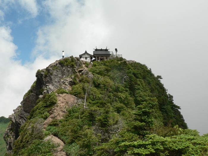 石鎚山(1982m)  (3) _f0219710_6592552.jpg