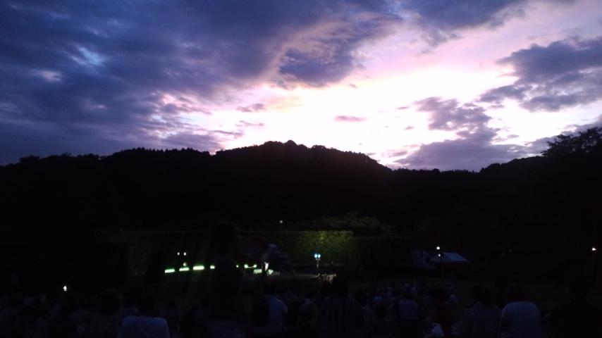 古墳祭初日 石舞台にて_f0015517_133080.jpg