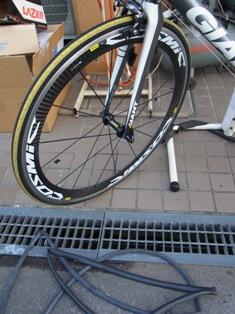 ビアンキ CIELOの タイヤ交換、 東京から仙台へ_e0140354_22161772.jpg