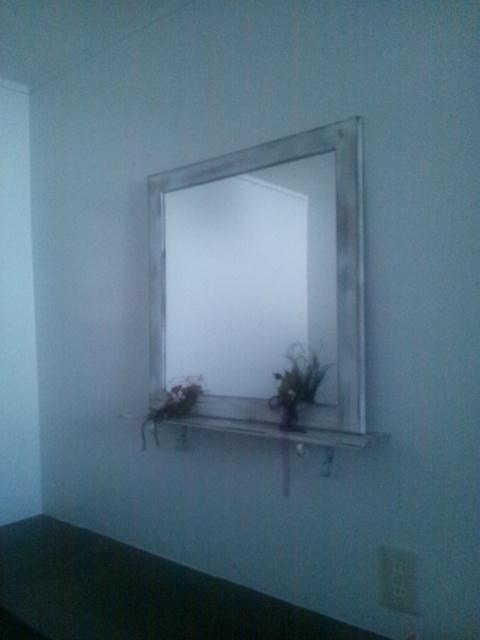 レストルームの鏡_c0246783_21442992.jpg